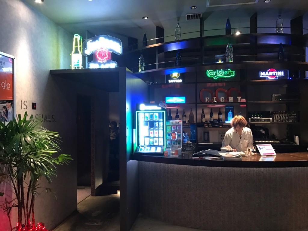 エイトライスフィールドカフェのカウンター