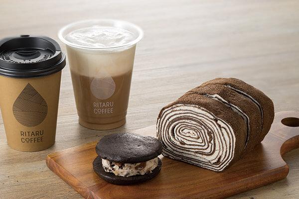 リタルコーヒーのクッキーサンドやリタルロール