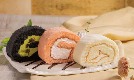 花論珈琲茶房のロールケーキ3種盛り1,280円