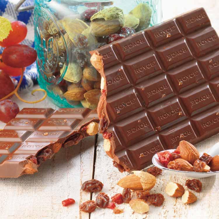 板チョコレート[アーモンド&レーズン]