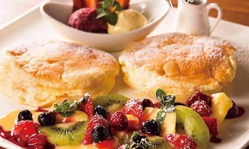 むさしの森珈琲の特製パンケーキ