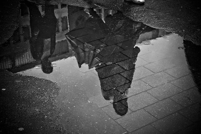濡れた路面