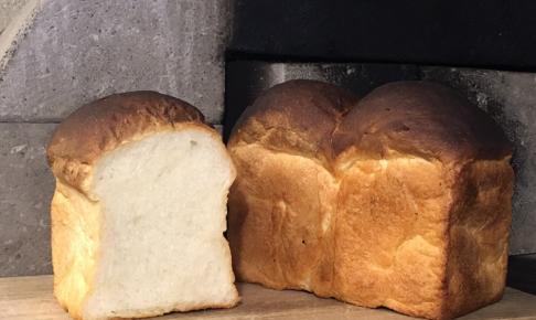 café スロープの食パン