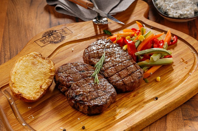 【11/15】牛100%!炭焼ビストロ コバラヘッタが新さっぽろのサンピアザにオープン!