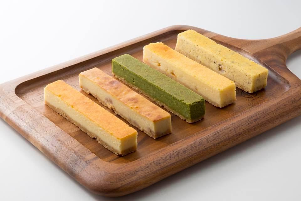 ブルーパンベイクショップのチーズケーキ各種