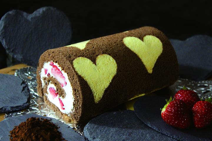スナッフルスのチョコ苺のハートロール