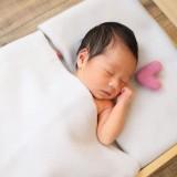 出産を控えている人必見!ニューボーンフォトを撮ってくれる出張専門店 baby cakasが4月1日にオープン!