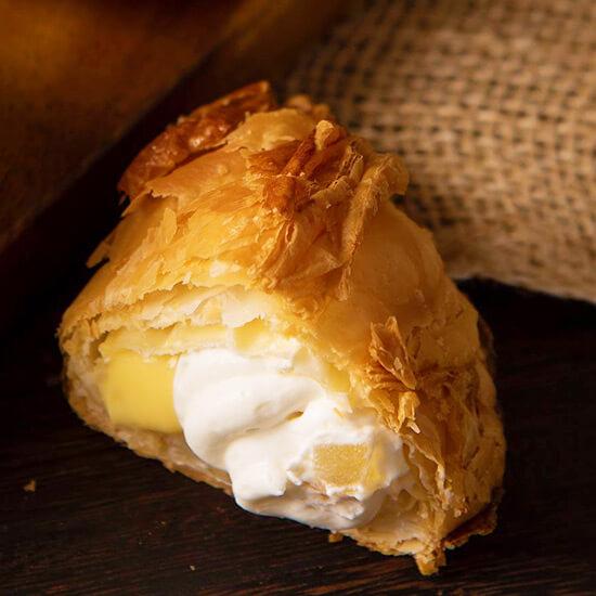砂川 お菓子のほんだのギリシャヨーグルトアップルパイ