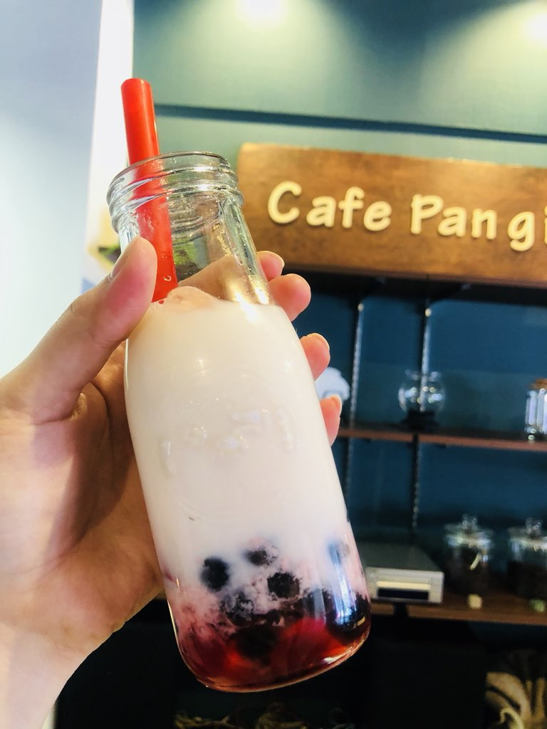 Cafe Pan gi(カフェ バンジ) 壺屋ビル店のタピオカドリンク