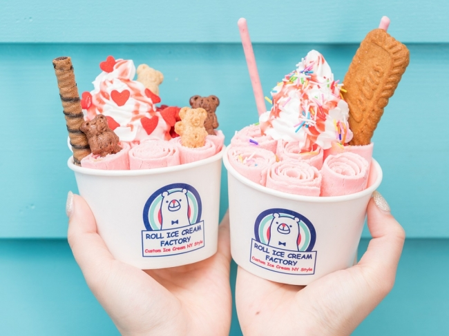 日本初のロールアイス専門店『ロールアイスクリームファクトリー』のロールアイス