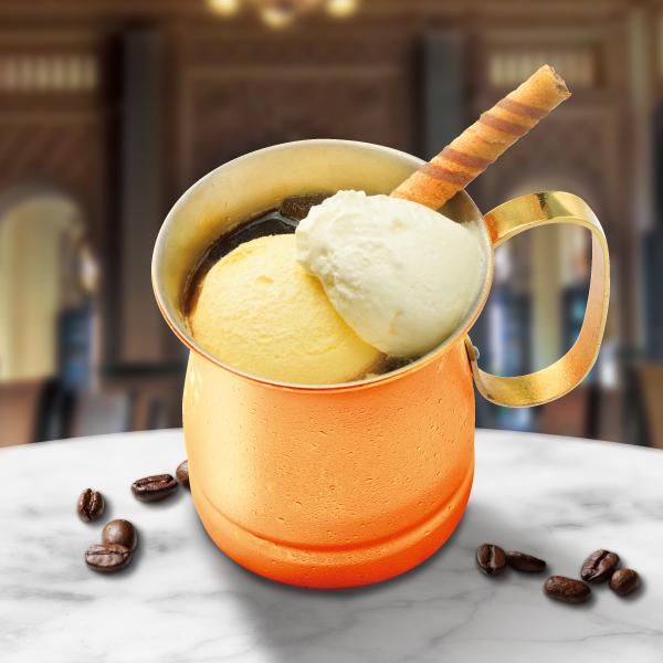 Traditionell W Eiskaffee~トラディショネル W アイスカフェ~
