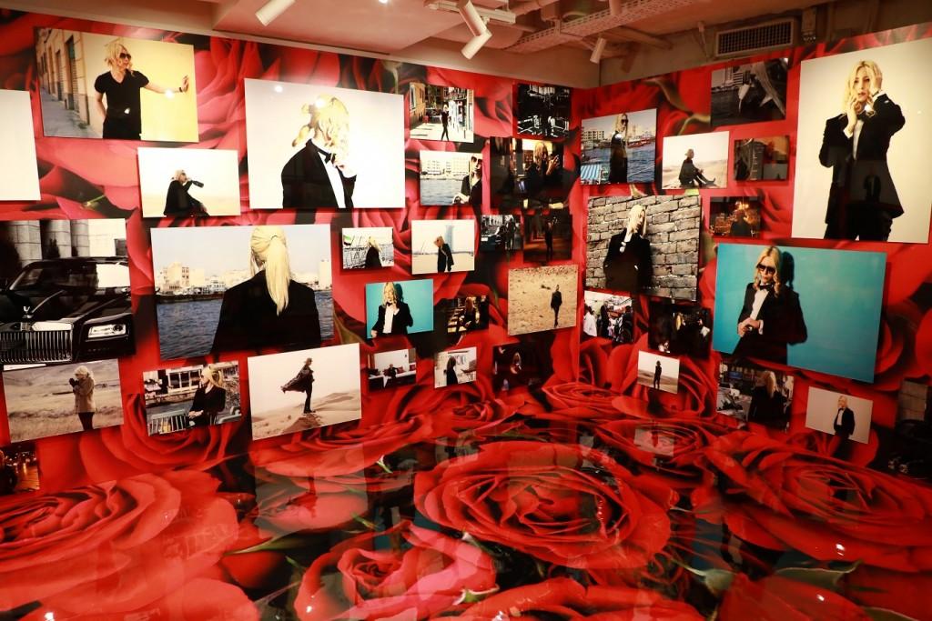 ROLANDの写真を展示する『ROLAND写真館』