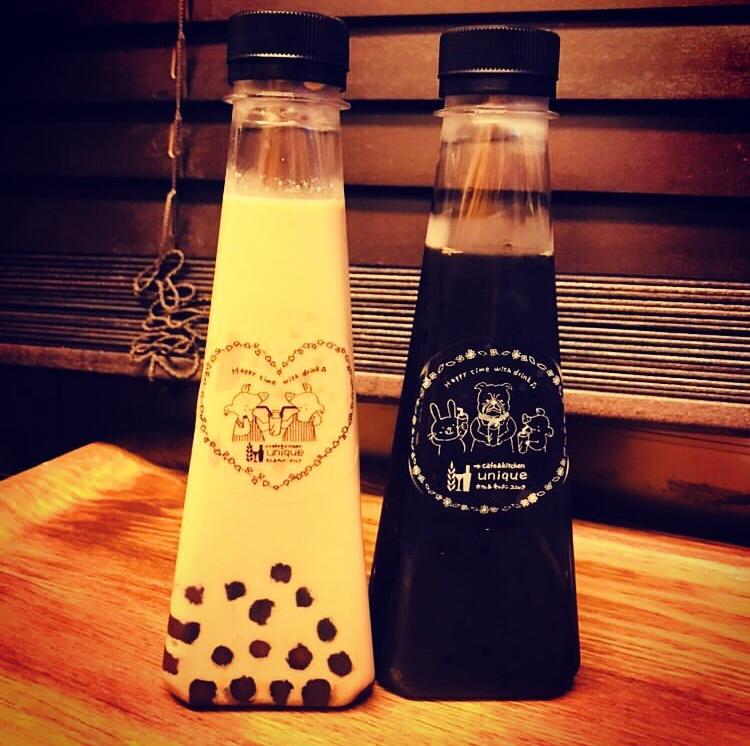 カフェキッチンuniqueのタピオカドリンクのボトル