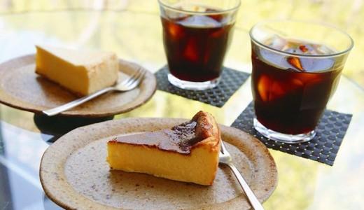 【カフェ 崖の上】絶景の中でチーズケーキが食べれる定山渓カフェ!