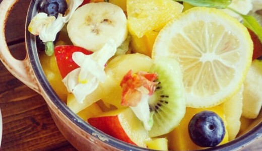 【カフェ&キッチンunique ユニック】東区でフルーツ盛りまくりのパンケーキやタピオカドリンクも楽しめるお店!