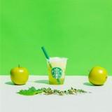スターバックス「ティバーナ フローズン ティー 香る煎茶 × グリーン アップル」