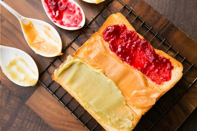 高級食パン専門店「嵜本(さきもと)」のカフェメニュー