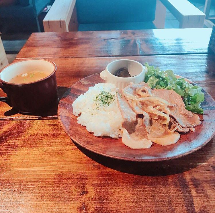 パウンドケーキ専門 カフェ Rain(レイン)の生姜焼き定食