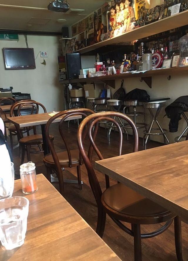 CAFEサーハビーを間借りしているカトマンズカレーの店内