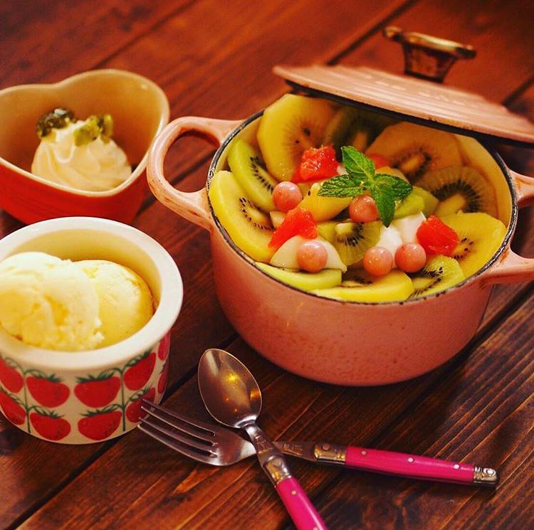 カフェ&キッチンunique ユニックのキウイヨーグルトパンケーキ