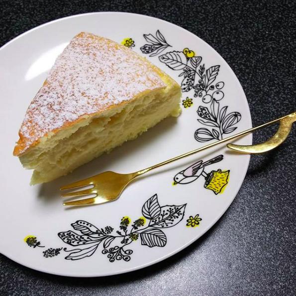 やぎ吉珈琲店のスフレチーズケーキ