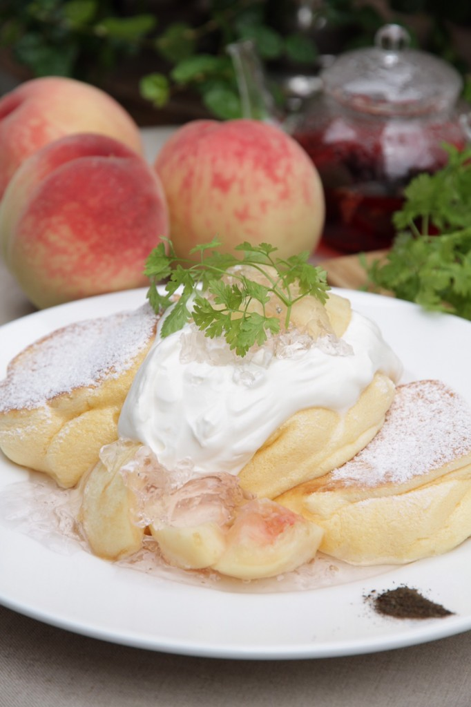 国産白桃のローズヒップピーチパンケーキ