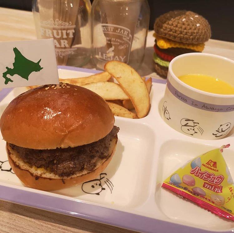Sims Lane Burger Stand(シムスレーンバーガースタンド)のキッズセットのバーガー