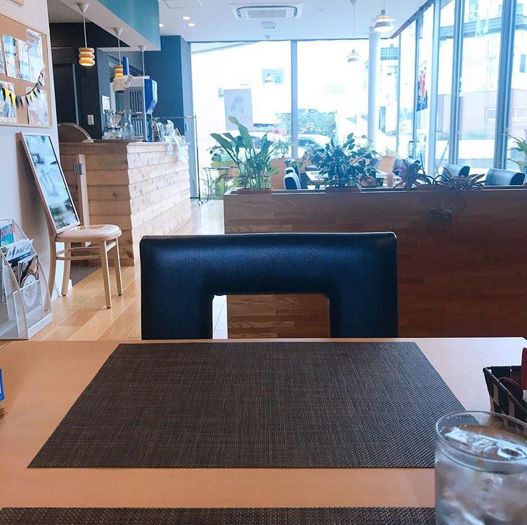 カフェ・ラ・ベルコリーヌの店内