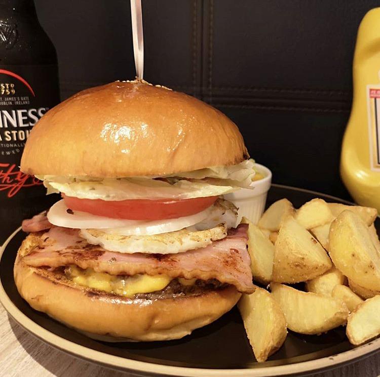 Sims Lane Burger Stand(シムスレーンバーガースタンド)のハンバーガー