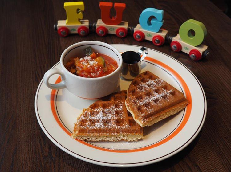 CAFE FUGO(カフェ フーゴ)のスープワッフル