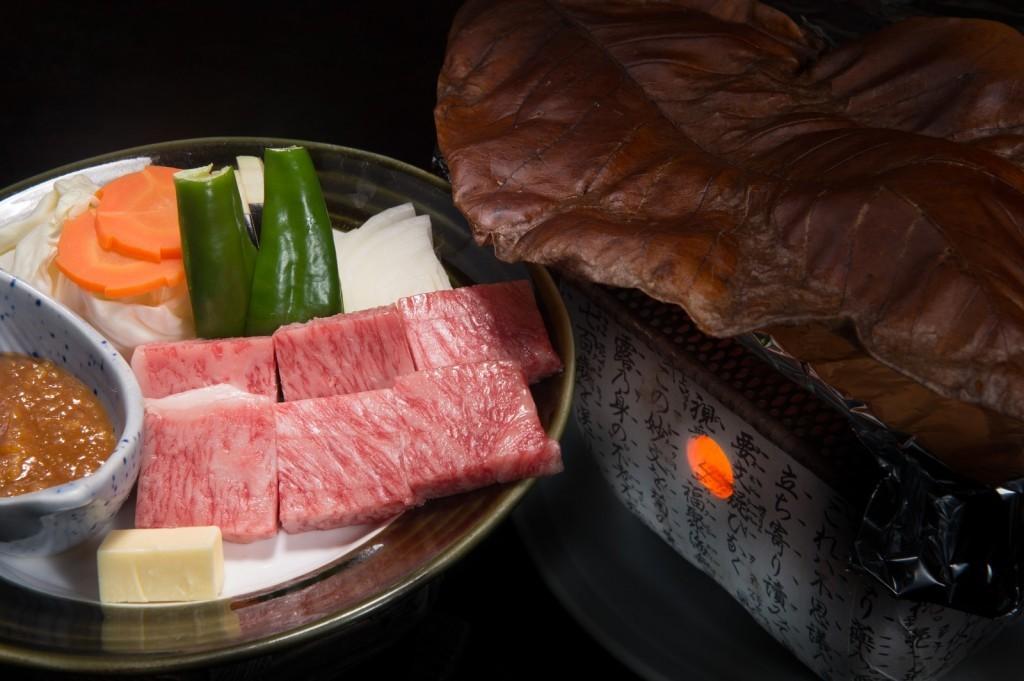 【hitsujiバル~HTMC~】すすきので豪華肉を堪能できる焼肉店!