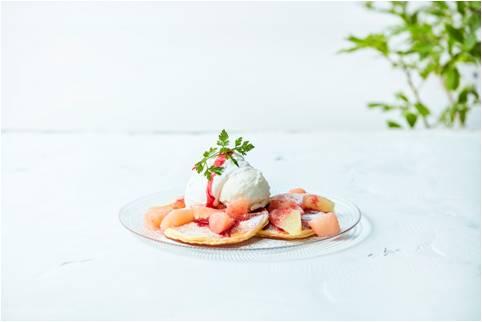 白桃とグレープフルーツのパンケーキ