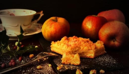 【三角山アップルパイ専門店】ティラミスやショートケーキのアップルパイまで販売するアップルパイ専門店