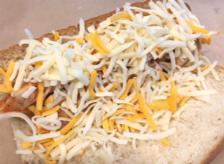 モ〜ッツァレラタッカルビのチーズ