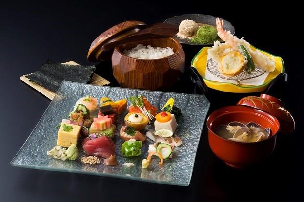 手織り寿司御膳