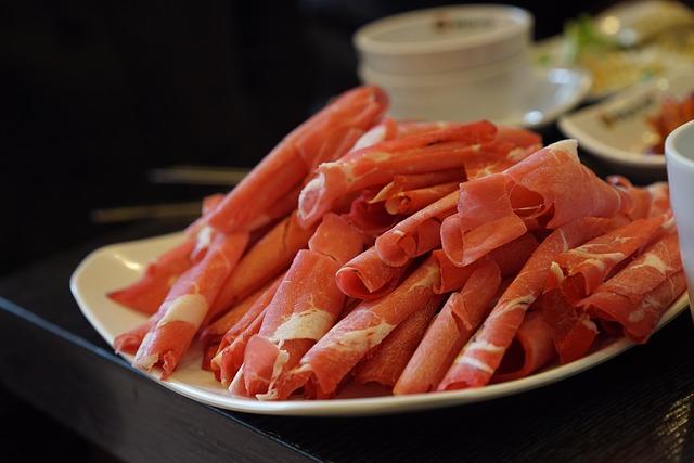 【北海道しゃぶしゃぶポッケ 第3グリーンビル店】エゾシカやルスツ羊蹄ぶたも味わえるしゃぶしゃぶ店!