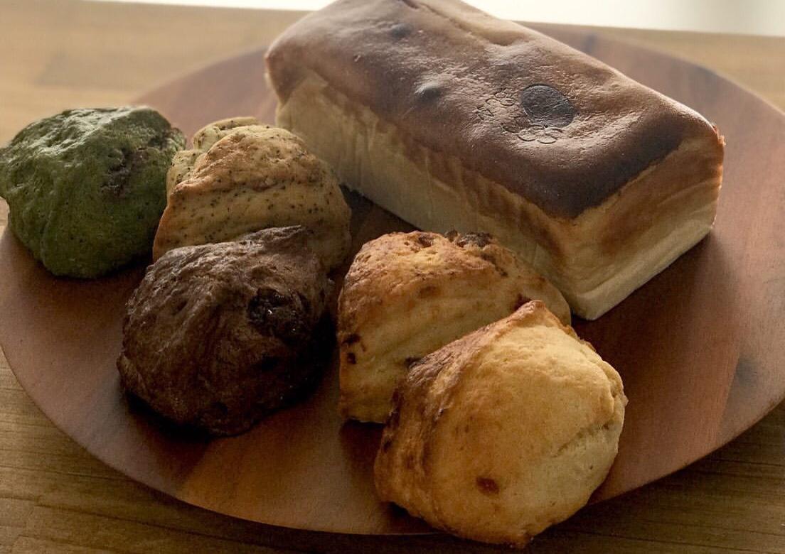 コバスコンの『北海道贅沢チーズケーキ+スコーン5個セット』