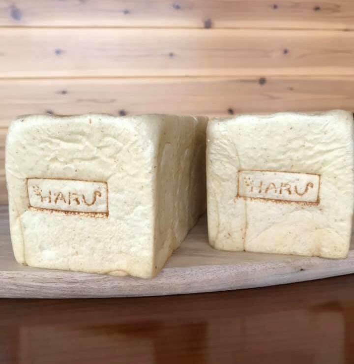 ニセコ石窯パンマルシェHARUの豆乳ブレッド