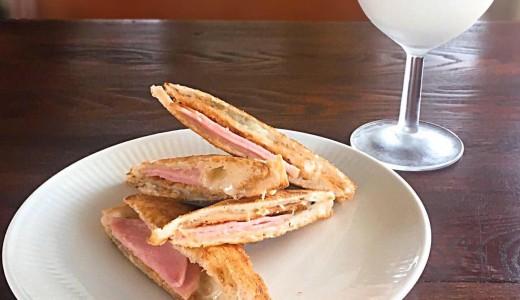 【オトカム】ホットサンドやコーヒーとミルクの2層からなるオレオグラッセもおすすめの東区古民家カフェ
