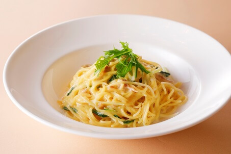 豆乳、鶏肉、季節野菜のスパゲッティ