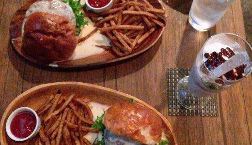 【ダイニングバーザ ブルック】すすきのにあるハンバーガー専門店!500円でチーズバーガーが食べれちゃう!