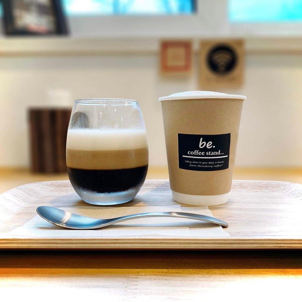be.coffee stand...(ビーコーヒースタンド)のコーヒー屋さんの三層ゼリー&キャラメルマキアート