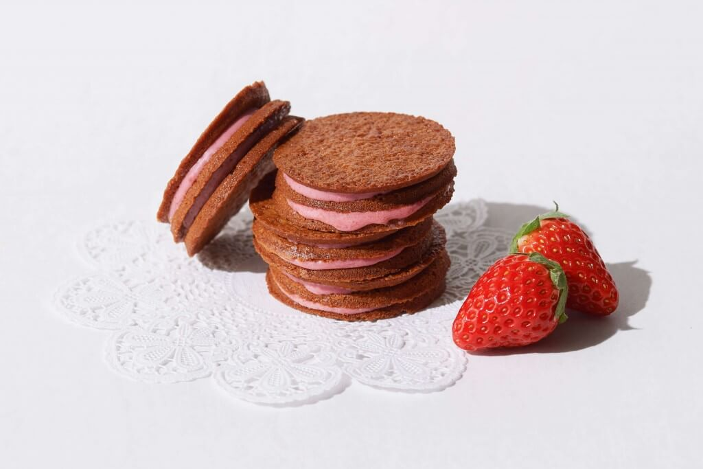 ベリーアップの『いちごサンドクッキー』