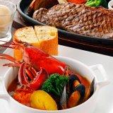 サウスウエストでオマール海老のブイヤベースにビーフステーキも楽しめる!事前予約で1,000円程お得に!