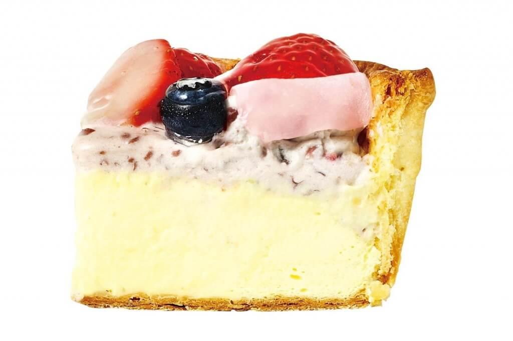 パブロの『いちご大福チーズタルト』の断面
