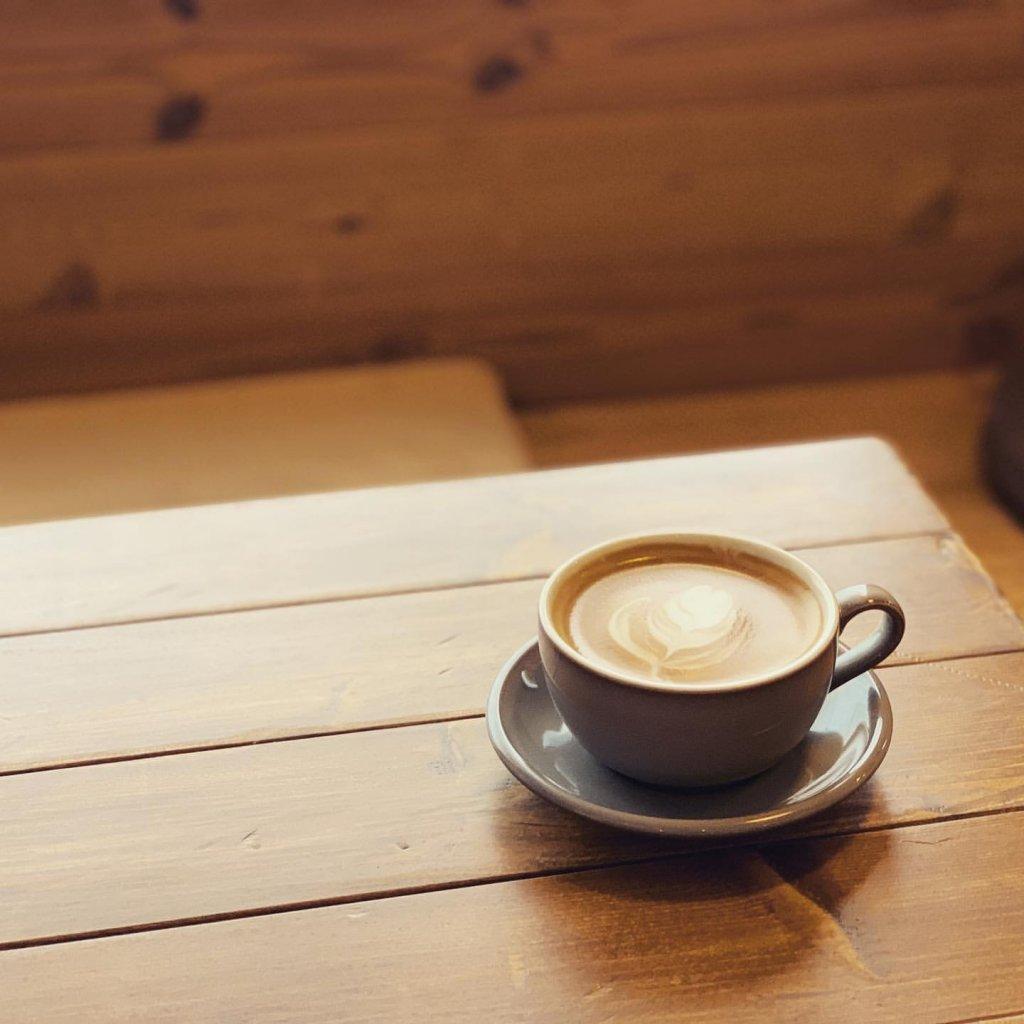 カフェ・ロンポロのカフェラテ