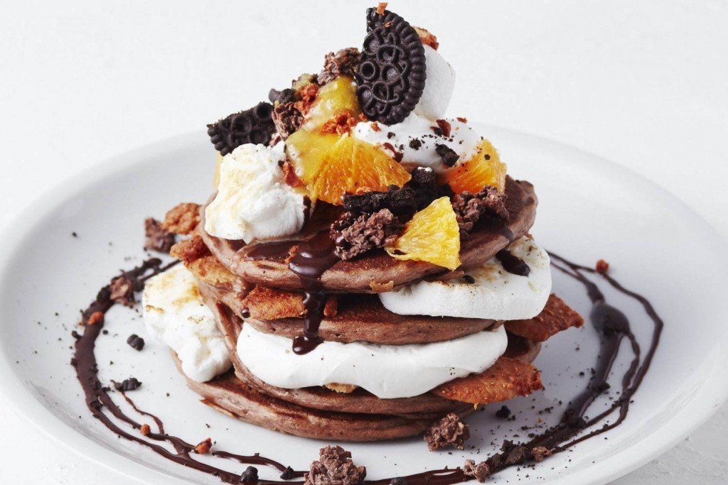 J.S.パンケーキ カフェのスモアチョコレートパンケーキ