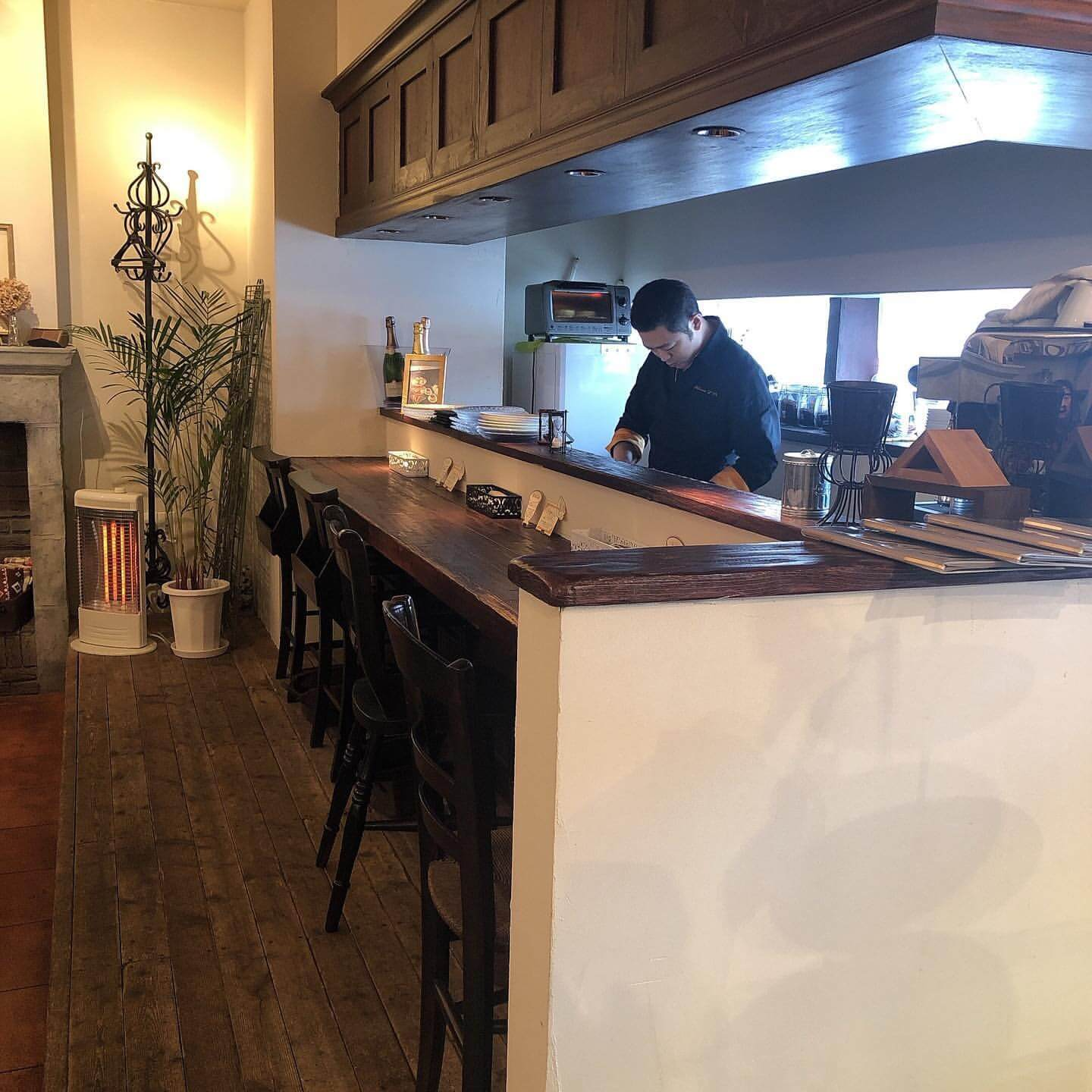 Patisserie cafe L'Or(パティスリーカフェ ロール)の店内