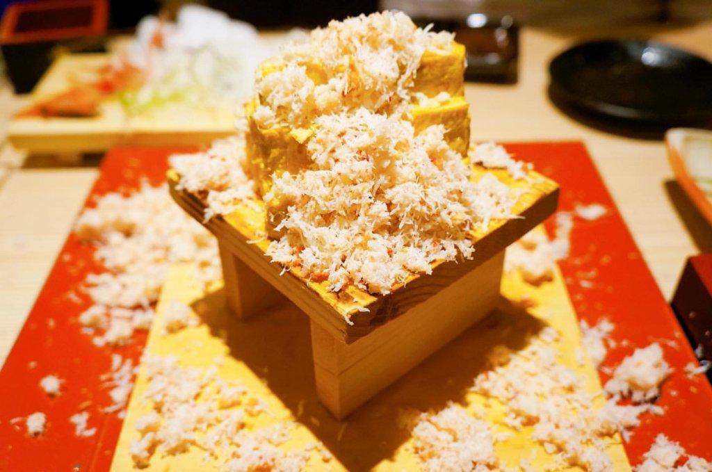 北海道海鮮 にほんいち 地酒蔵の蟹ぶっかけ出汁巻き玉子
