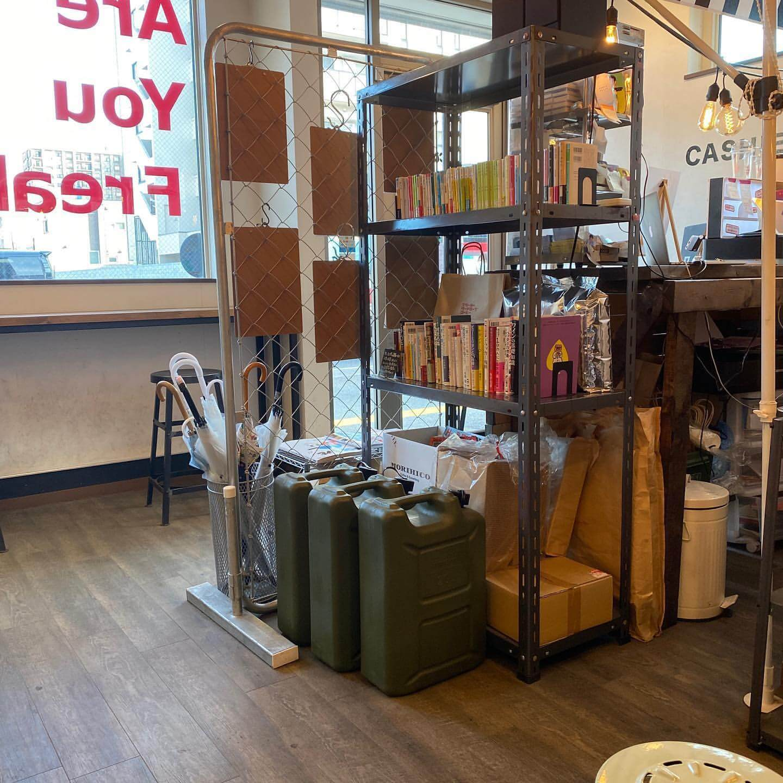 FREAKY WARDROBE COFFEE(フリーキーワードローブコーヒー)の店内